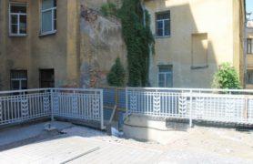 Металлические ограждения для многоквартирного дома